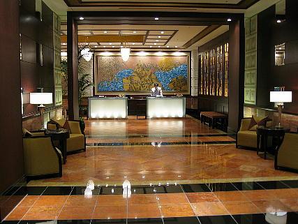 05_07_lobby2.jpg