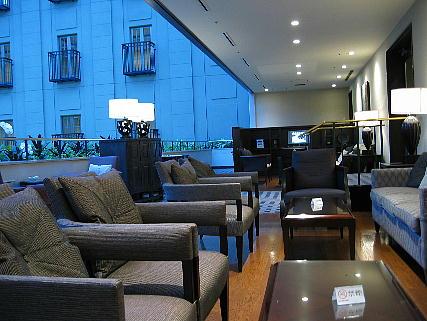 05_16_lounge.jpg