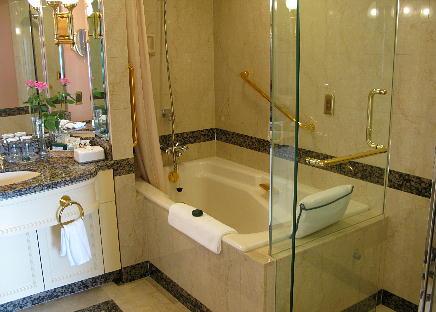 07_31_clasic_bathroom.jpg
