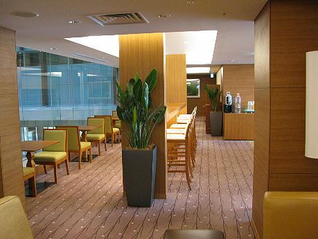 10_17_lounge3.jpg