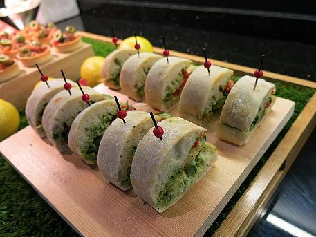 conrad_lounge_afternoon_sandwich.jpg
