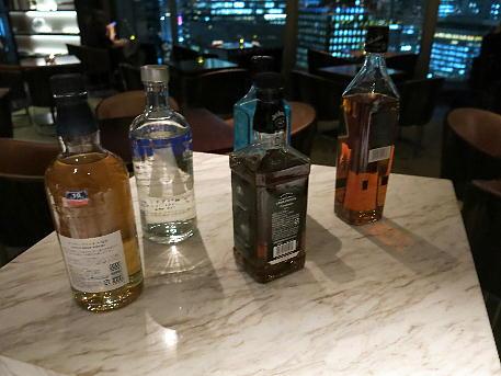 palace_tyo2_night_lounge_drink4.jpg